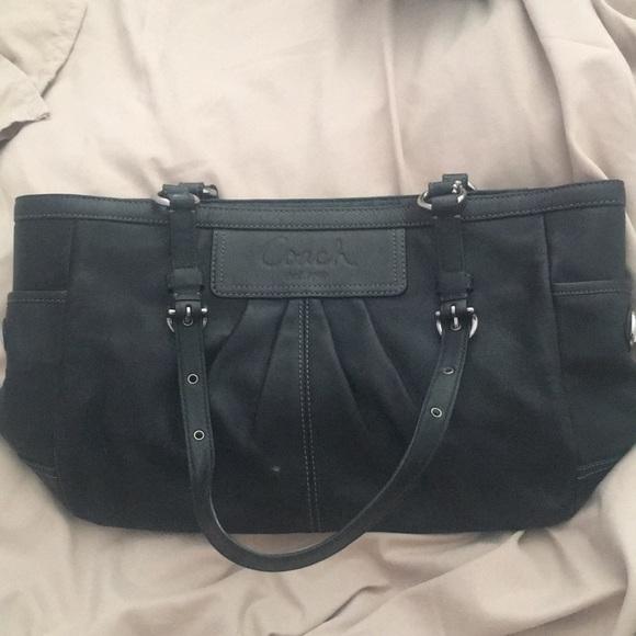 Coach Handbags - Authentic Coach Soft Leather Tote F13759 2e4039d867634